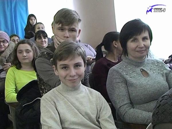 Фестиваль українського фольклору в музичній школі Торецька