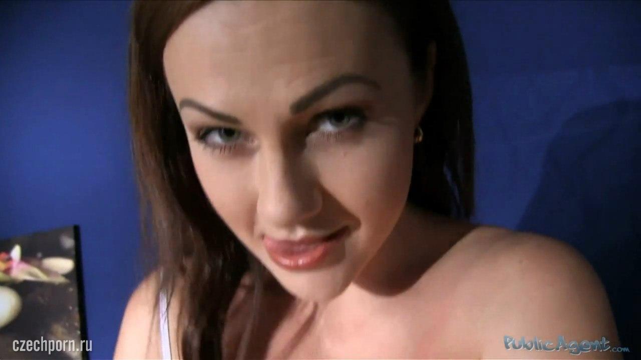 PublicAgent: Tina Kay (Любительский секс в гримерке)