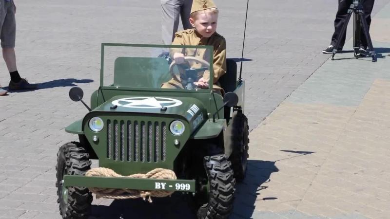 Детский Виллис. Минск 3 июля 2015