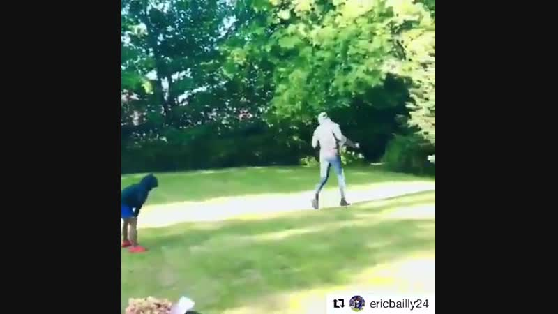 Bailly Top Dad . I promise I love you, son. ️ Happy Sunday! - - Eric Bailly doing Eric Bailly things mufc