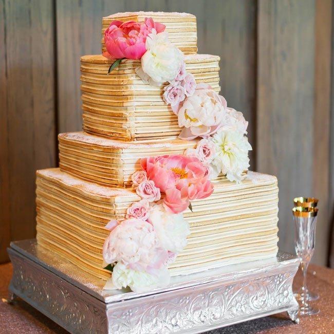 O8V2U3JUhFE - Золотые и серебряные свадебные торты 2016 (70 фото)