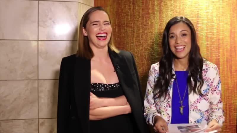 Эмилия дает интервью «Lets Get Lexy» в рамках промоушена фильма «До встречи с тобой»