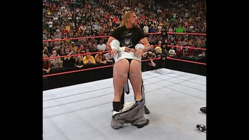 WWE Monday Night Raw 5th June 2006 Triple H joins the Kiss My Ass Club