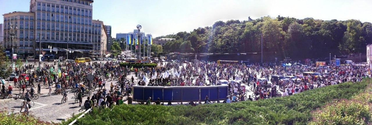 Панорама велодень киев 2013