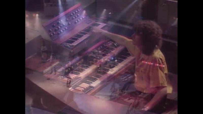 Rod Stewart Da Ya Think I'm Sexy Official Video 480 X 640 mp4