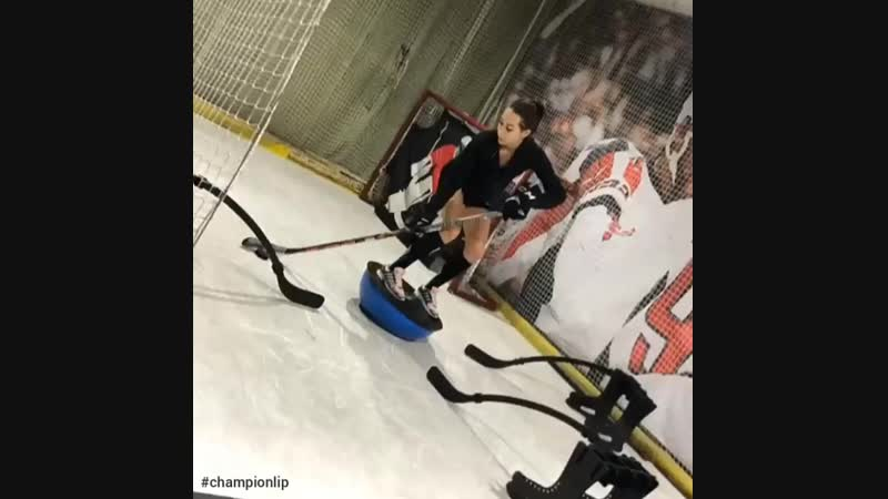 Тренируем баланс и координация вместе с хоккейным цетром ЧЕМПИОН