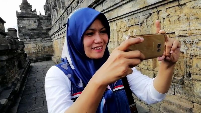 BELAJAR SEJARAH DI INDONESIA MELALUI CANDI BOROBUDUR