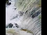 Вода-очень интересная и независимая субстанция.... Она выбирает сама: Создавать или разрушать? Это МОЩЬ, неуправляемая никем и н