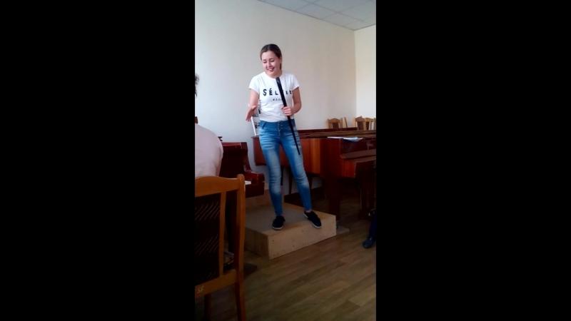 Карина Гусева - Я помню белые обои...))(коротко о том ,чем занимаются ДХОшники в свободное время )
