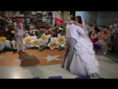 Уходит девочка из дома. Танец с папой на свадьбе! трогательно