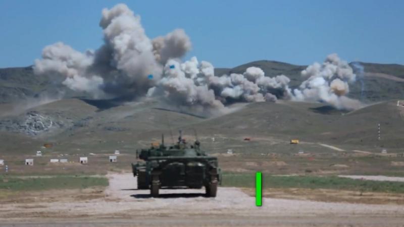 День защитника Отечества по-казахстански_ страна отметила праздник военным парадом