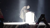 Kanye Plays One Note and the Crowd Goes Insane LIVE RUNAWAY