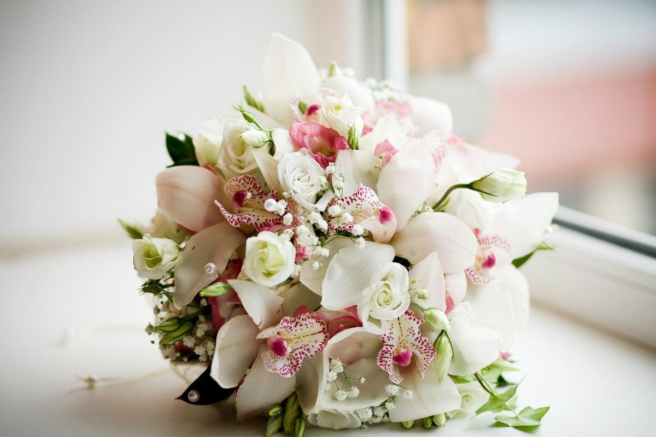 Куда девать букет невесты после свадьбы приметы