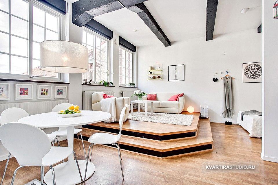 Гостиная на подиуме в квартире-студии 40 м в Гётеборге / Швеция - http://kvartirastudio.