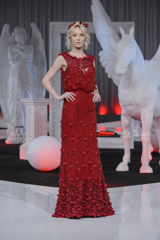 aH0pp8KL0po - Коллекция свадебных платьев Nicole