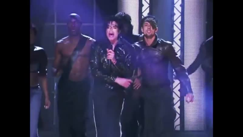 Michael Jackson - Beat It - Live at Madison Square Garden 2001