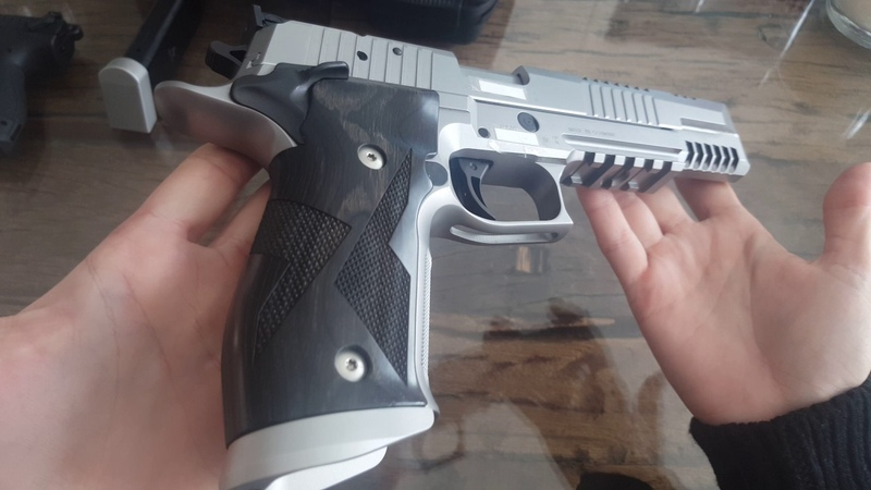 Short unboxing sig sauer x-six skeleton (p226) video (vs. walther p22)