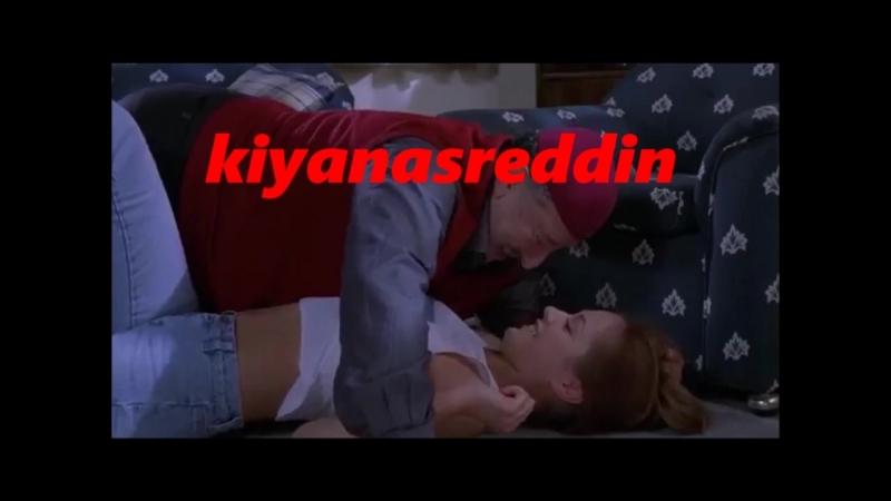 Türk filminde Metin Akpınar Tatyana ile evde erotik güreşiyorlar - erotik scenes