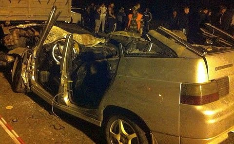 На донской трассе в ДТП с участием «Камаза» погибли 5 человек. ФОТО. ВИДЕО