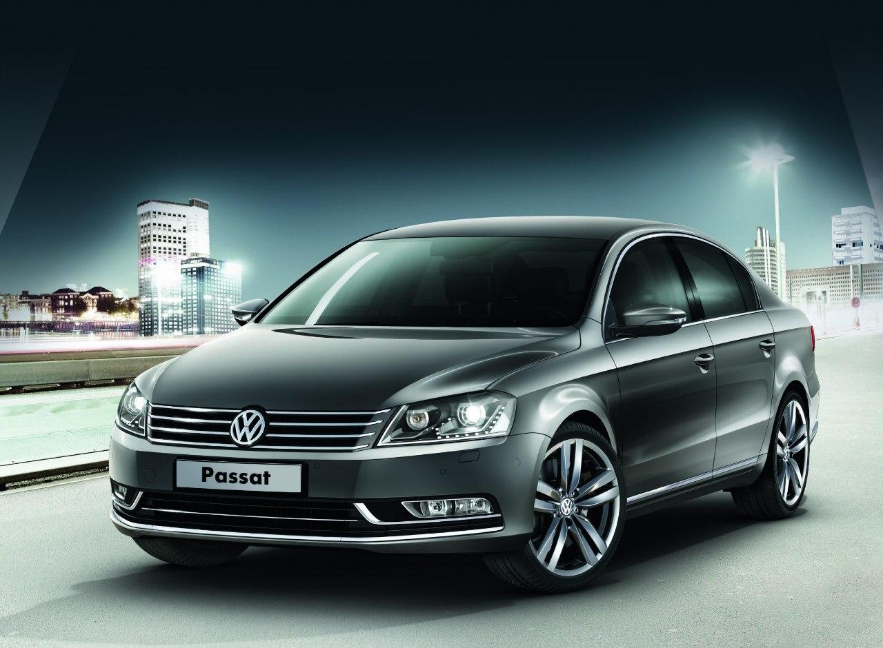Volkswagen Passat 2012.