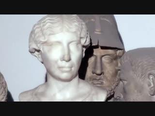 в запасниках Археологического музея в Неаполе