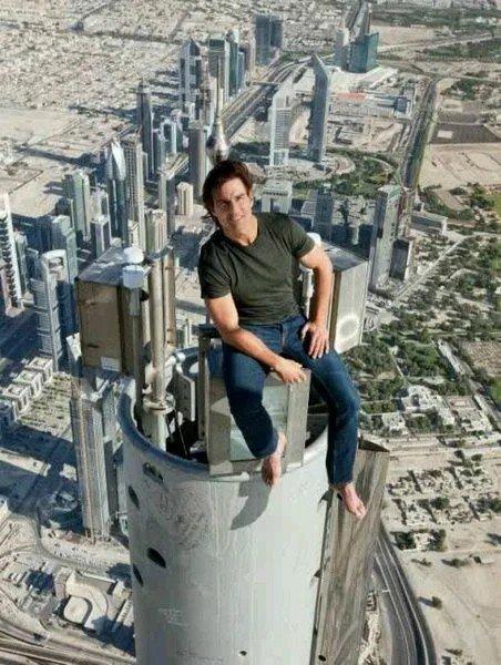 Том Круз не любит дублёров. Опасный трюк для фильма на высоте 600 метров актёр в...