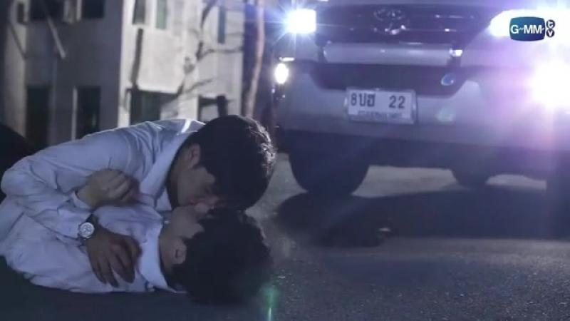 Как снимали сцену первого поцелуя