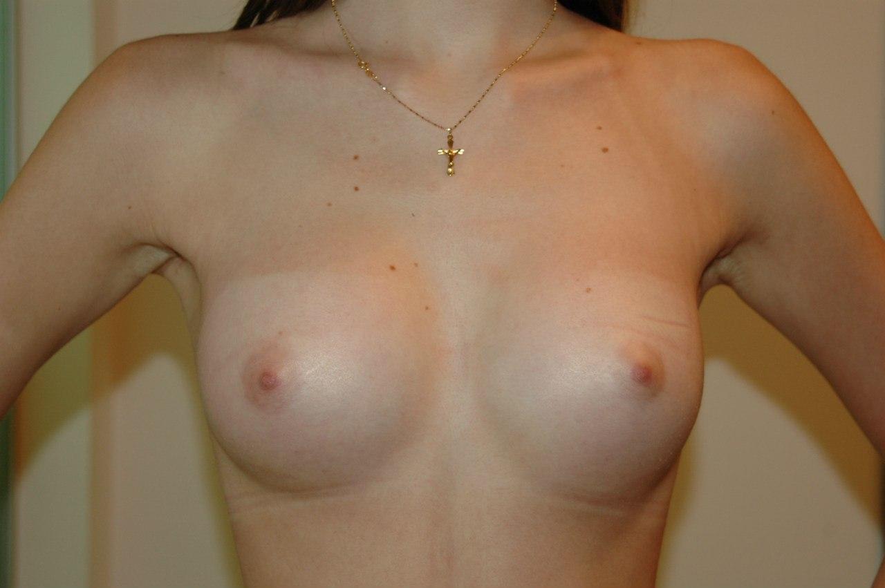 Сама мала грудь 17 фотография