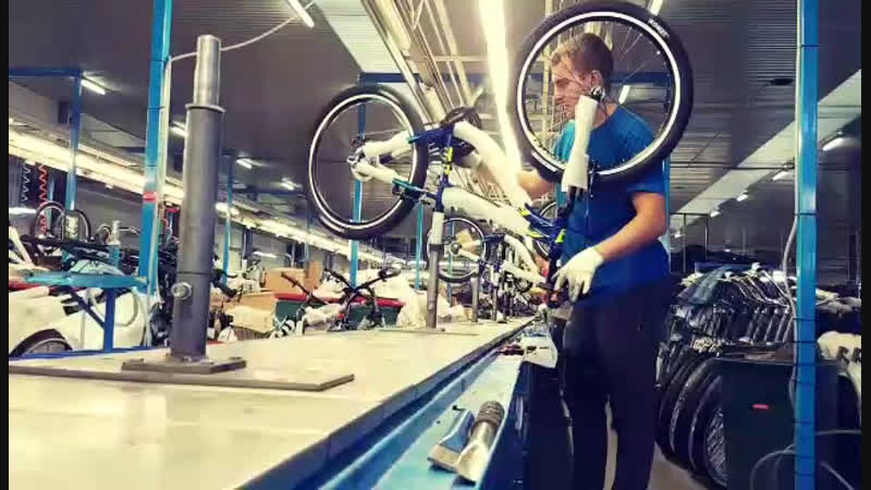 Видео с велозавода г Dębicy под Люблином Польша
