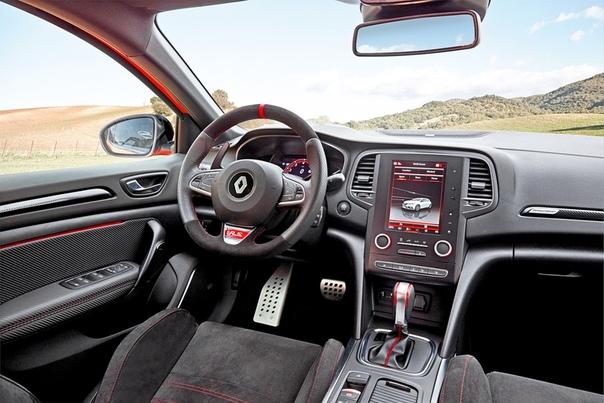 Почему обуржуазился новый Renault Megane RS и стоит ли об этом сожалеть