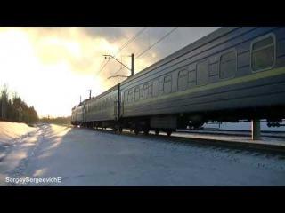 Электровоз ЧС7-028 с поездом № 41 Москва - Киев.