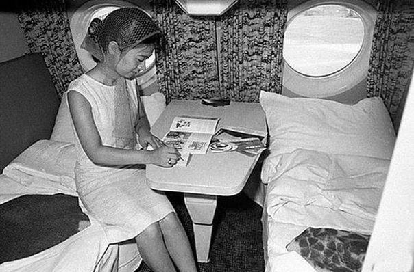 Бизнескласс в самолете Ту114, 1963 год  Кто из вас так летал