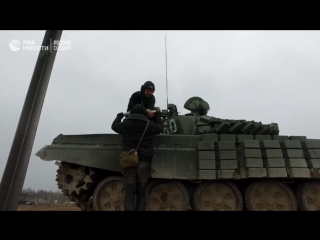 Контрольные стрельбы экипажей танков Т-72
