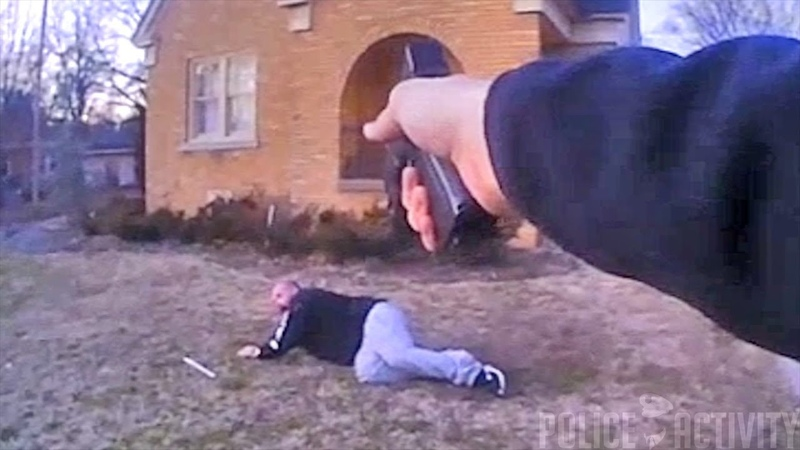 Bodycam Shows Cop Shoot Man That Charged Him With a Crowbar