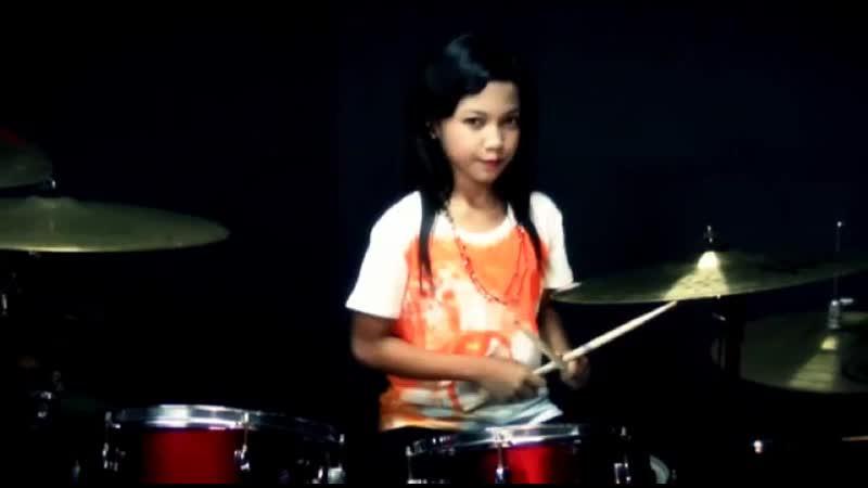 Bete_-_Drum_cover_by_Nur_Amira_Syahira.mp4