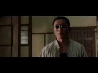 The Matrix Reloaded 2003. Seraph vs. Neo.