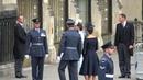 Королевская семья посещают службу RAF в Вестминстерском аббатстве