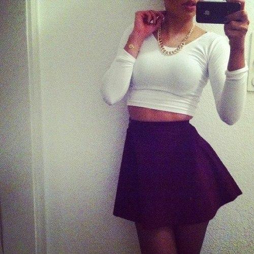 Девушки в юбках без лица на аву