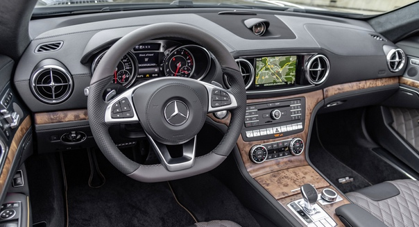Родстеры Mercedes SLC Final Edition и SL Grand Edition прибудут весной Фото: компания Mercedes-BenzОткрытые двухместки SLC и SL нынешних поколений уже не молоды: первая из них выпускается с 2011