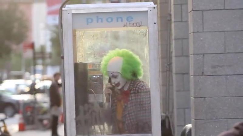 Joaquin Phoenix in white face paint, green wig for Joker role (24.09.2018)