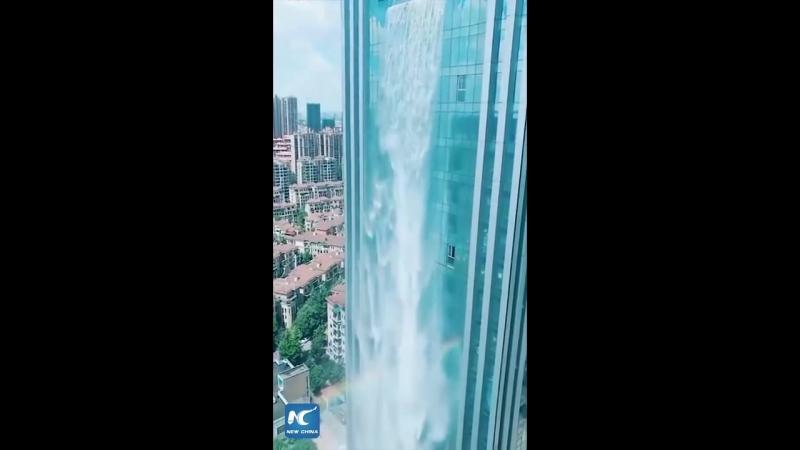 100 метровый водопад