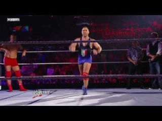 Viewers Choice Santino Marella vs. Vladimir Kozlov DAnce off!