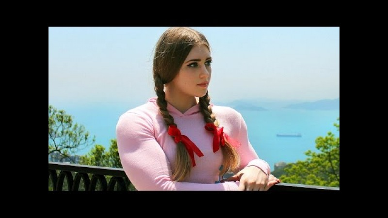 Julia Vins Muscle Barbie 16 year old Russian girl powerlifter