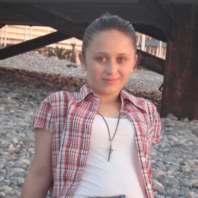 Ana Qutelia, 8 апреля 1992, Якутск, id216474454