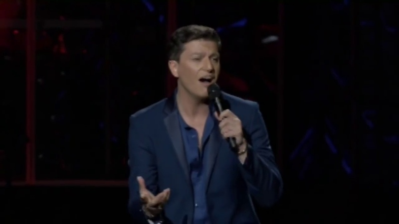 Patrizio Buanne sings Delilah at Classics is Groot in South Africa