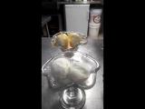 мороженое с горячей апельсиновой карамелью.mp4
