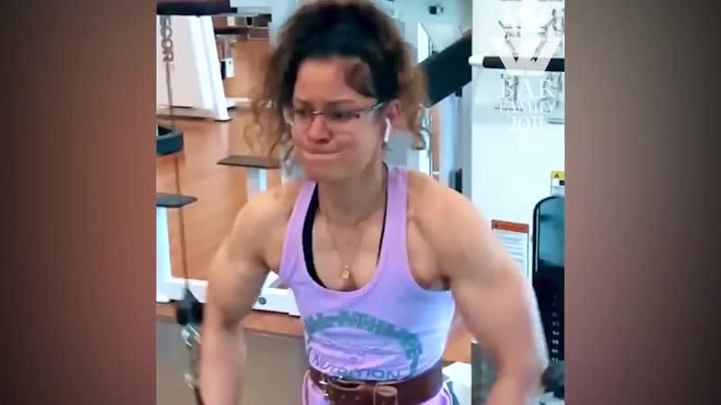 PAKISTANI Female Bodybuilder