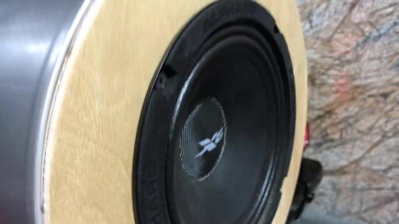 Заряженный музыкой гелик
