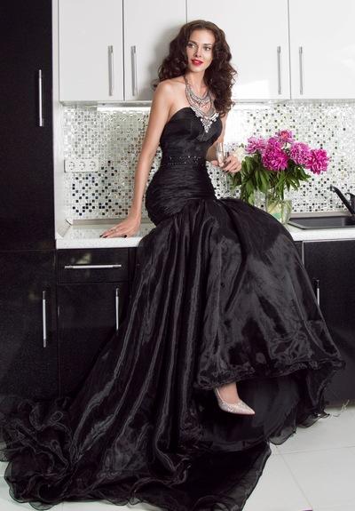 Dress To-Me