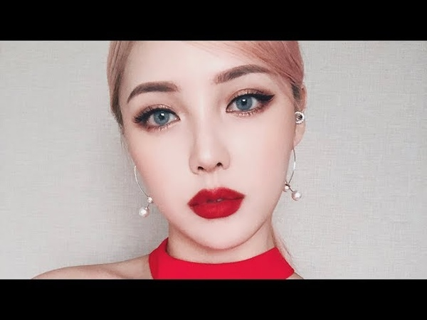 BOLD RED LIP MAKEUP💋(With subs)